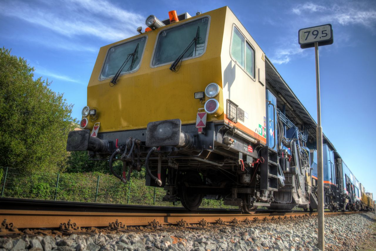 "Free photo ""Train in HDR"""