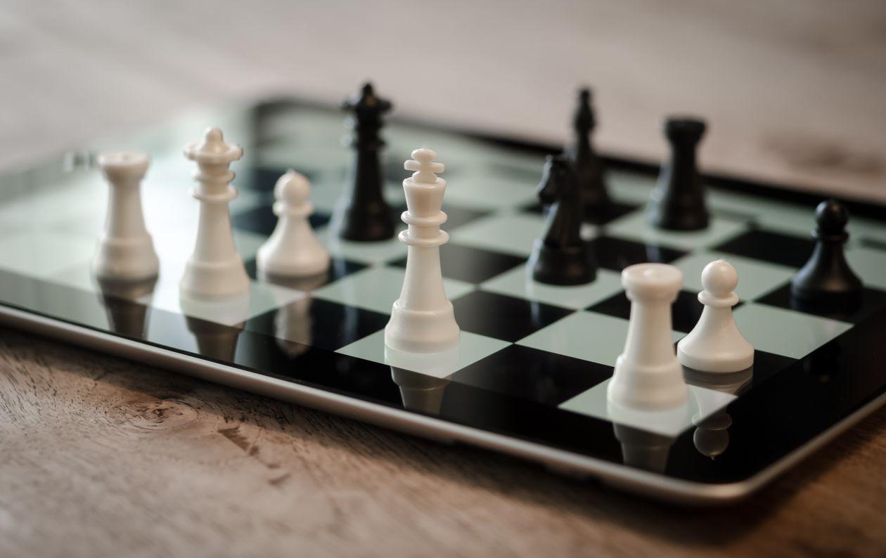 "Free photo ""Ipad chess"""
