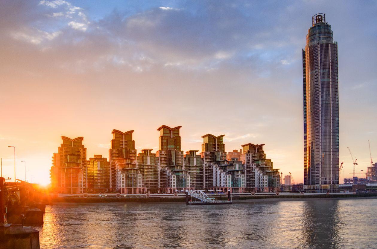 "Free photo ""St George wharf tower"""