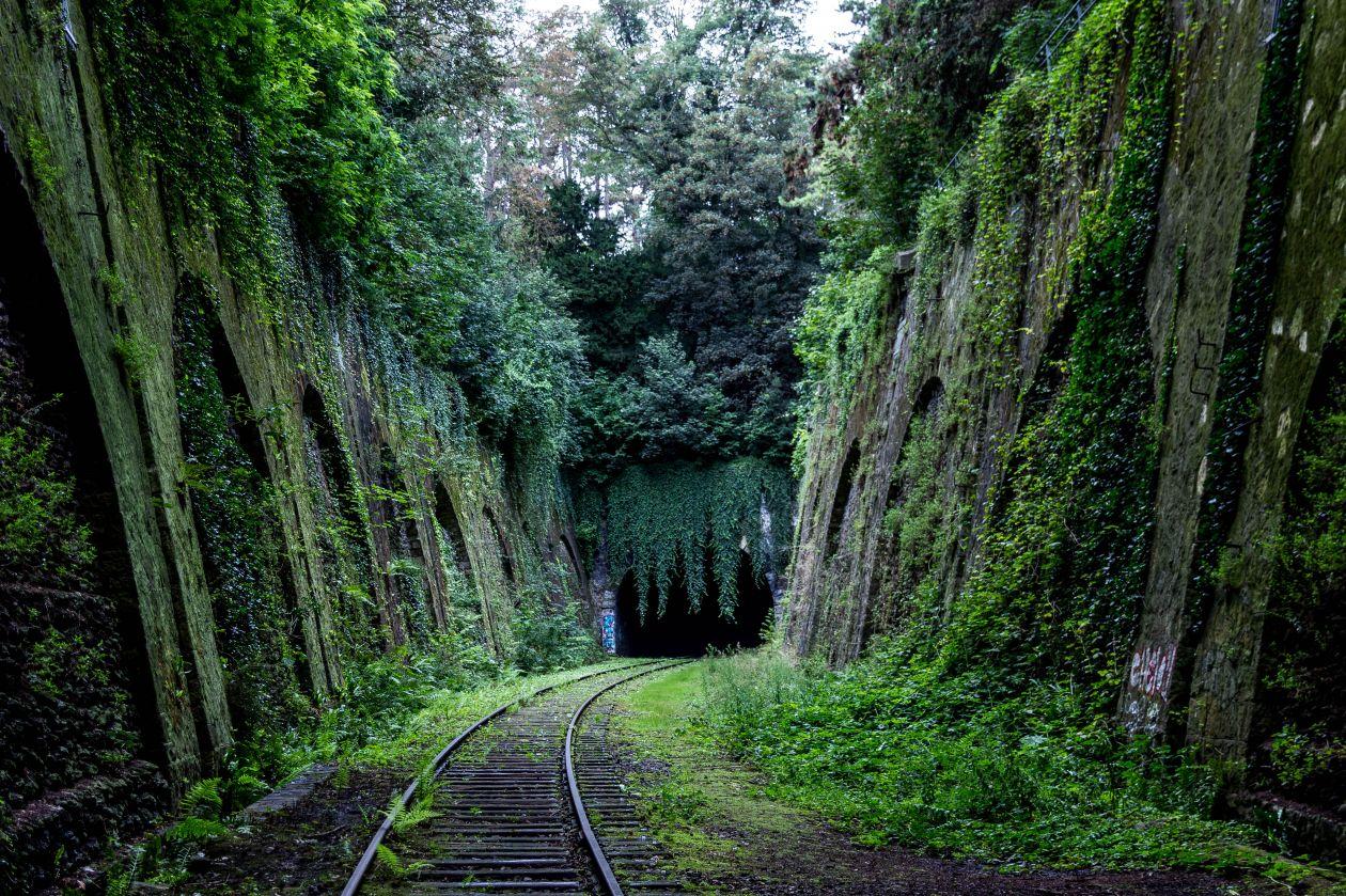 "Free photo ""Tunnel"" by Antoine Beauvillain"