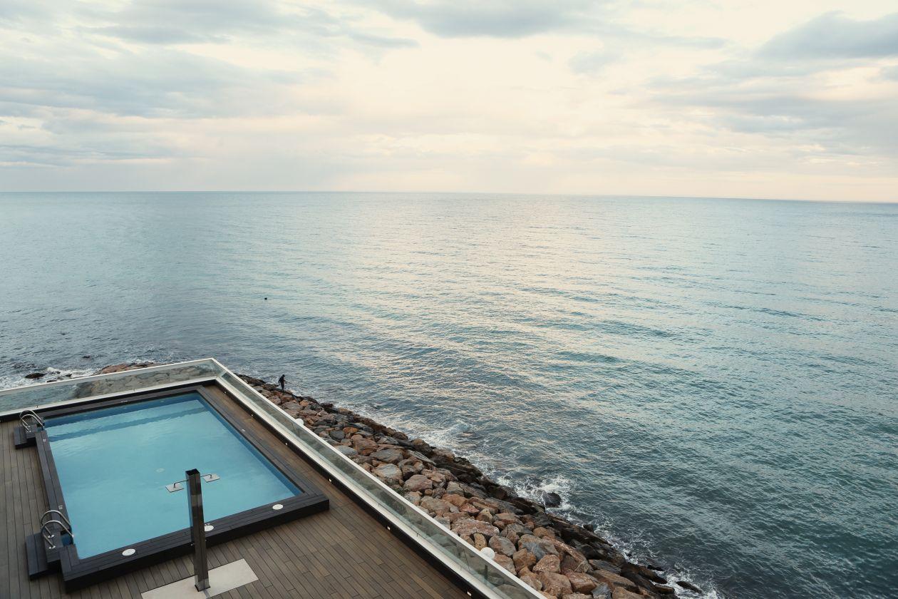 "Free photo ""Swimming pool"""