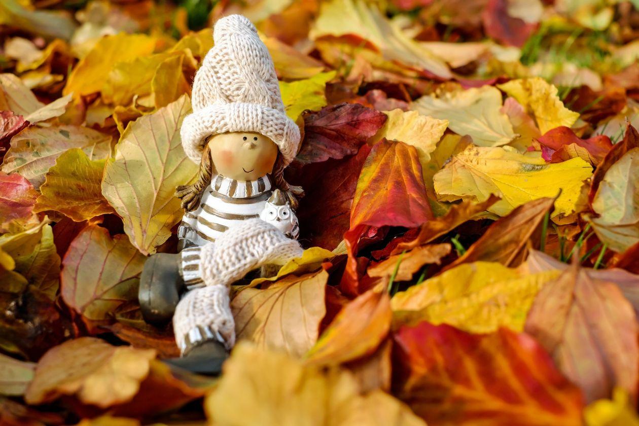 "Free photo ""Cross on Autumn Leaves"""