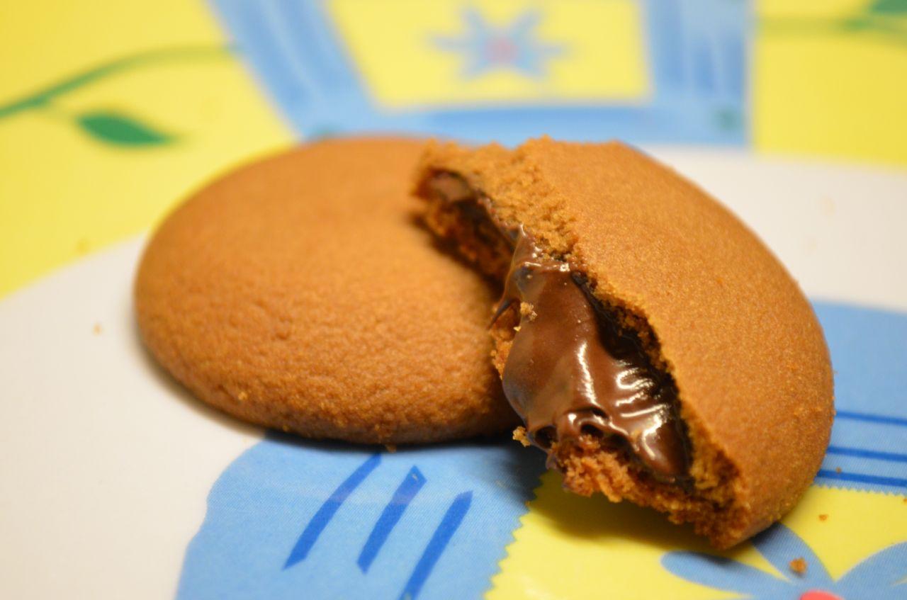 "Free photo ""Chocolate Liquid Biscuits"""