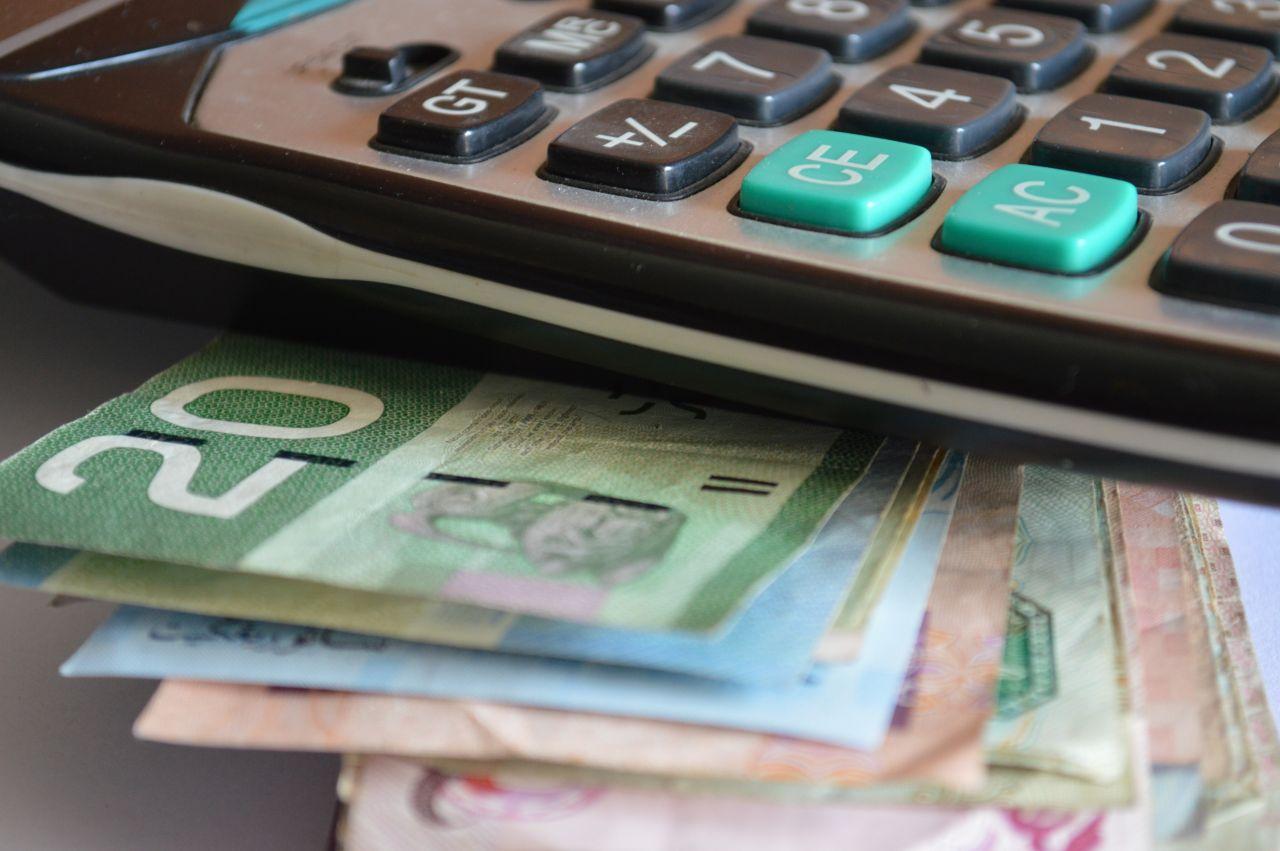 "Free photo ""Money Notes Calculator Accounts Budget"""