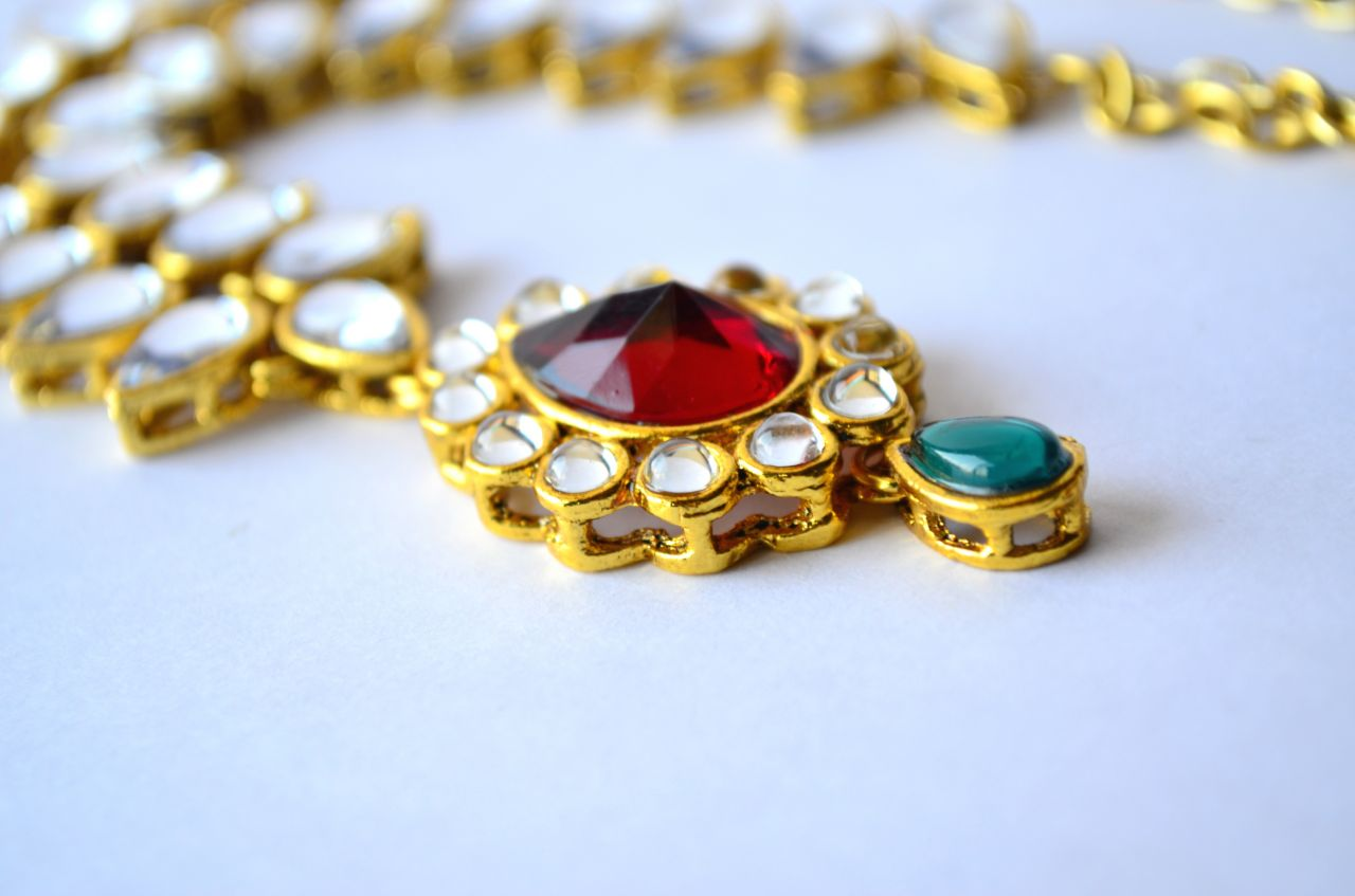 "Free photo ""Indian Maharani Jewelry"""