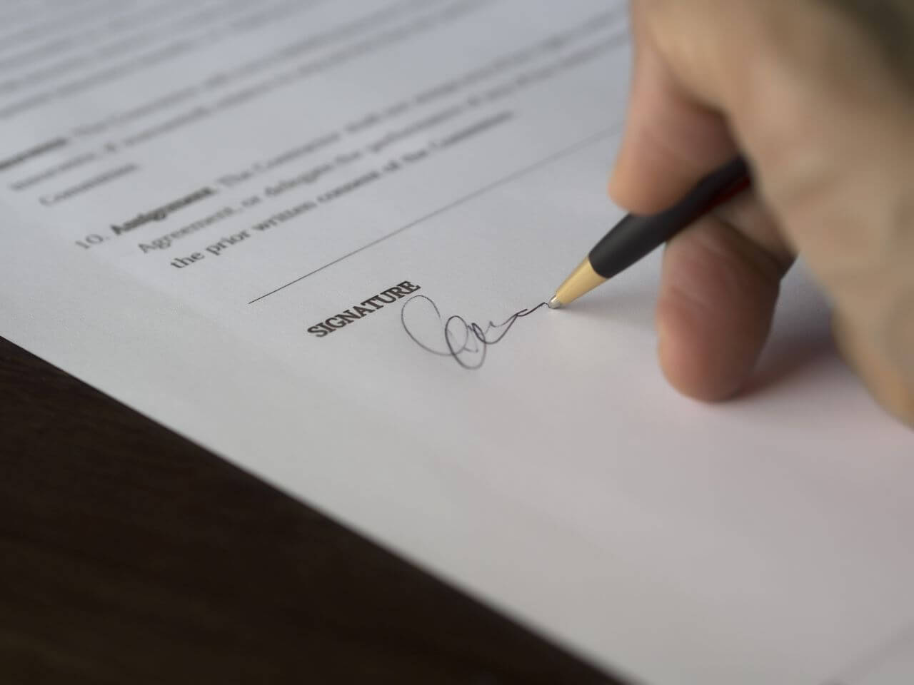 translation contract Translate contract see 10 authoritative translations of contract in spanish with example sentences and audio pronunciations.