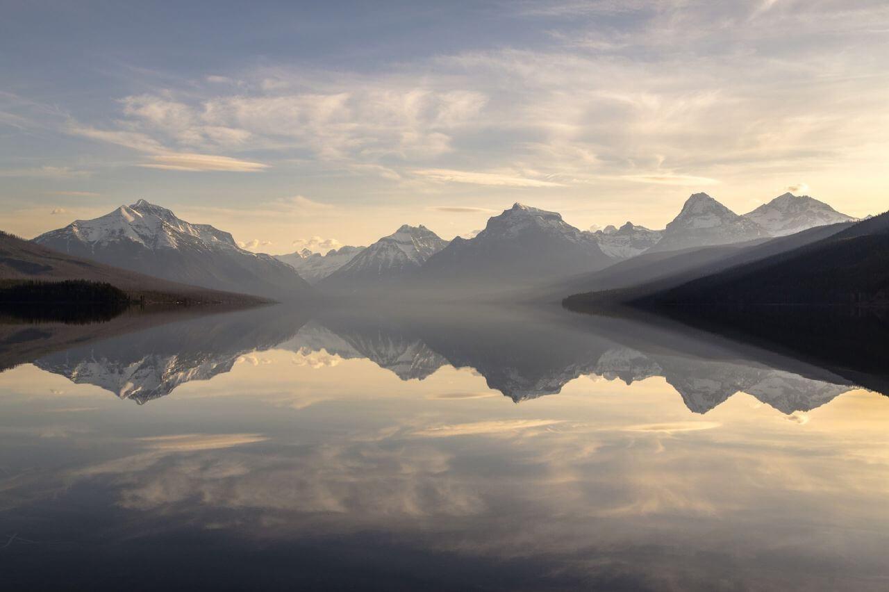 "Free photo ""Reflection Lake Mountains Morning"" by Pixabay"