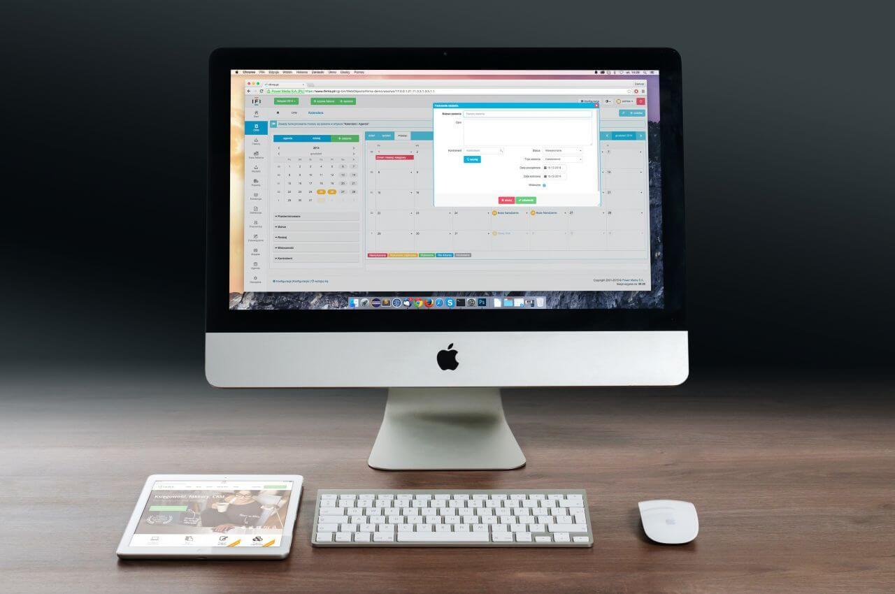 "Free photo ""Mac, Calendar & iPad"" by Firmbee"