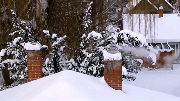 Winter  snow  chimney video