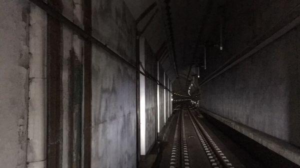 Subway  seoul  tunnel video