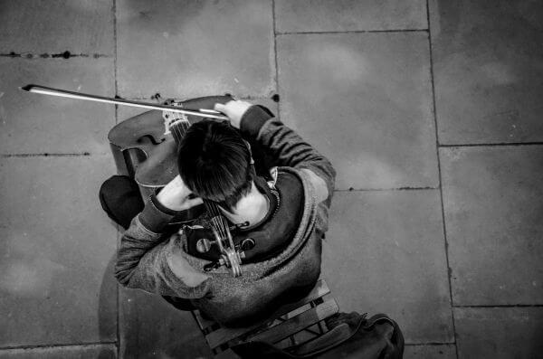 Cello player photo
