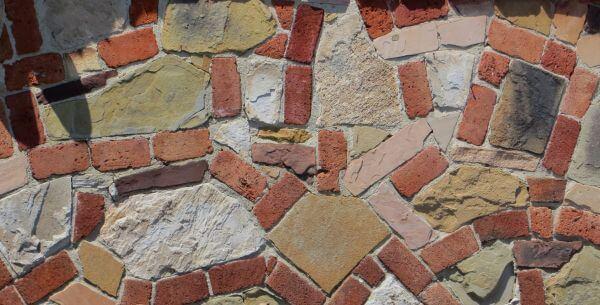 stone and brick wall photo