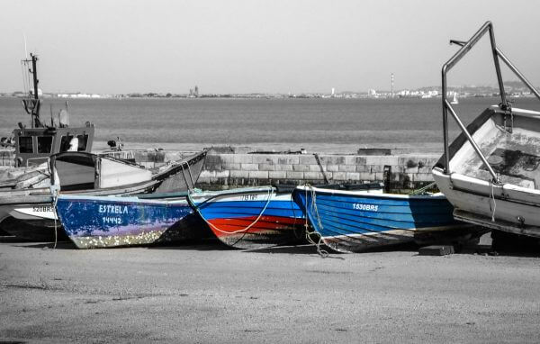 Scrapped boats photo