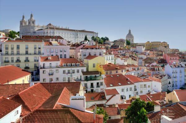 Alfama in Lisbon photo