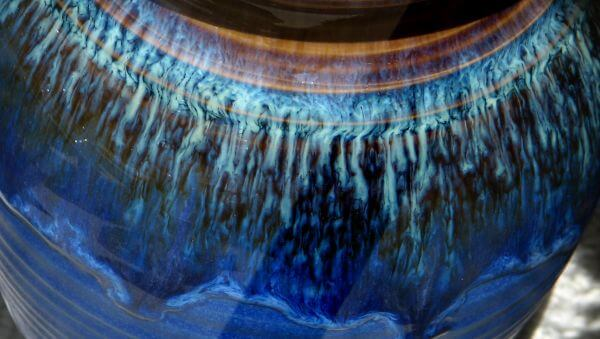 blue pottery texture photo