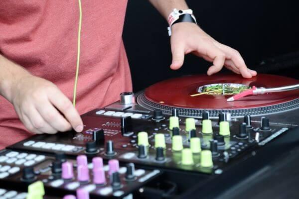 DJ, play the music photo