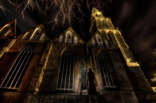 Statue and Martini church photo