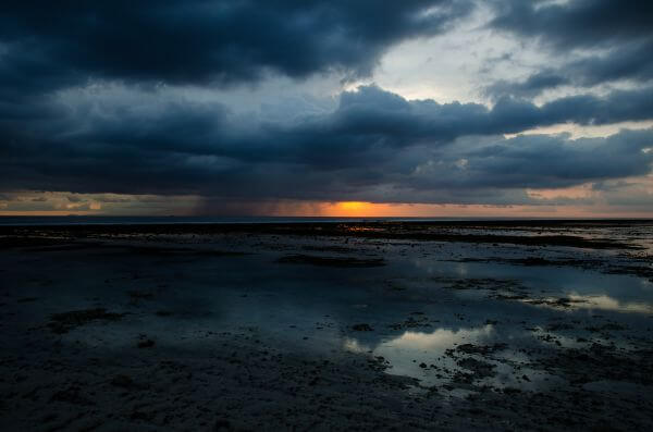 Rainy clouds at Gili photo