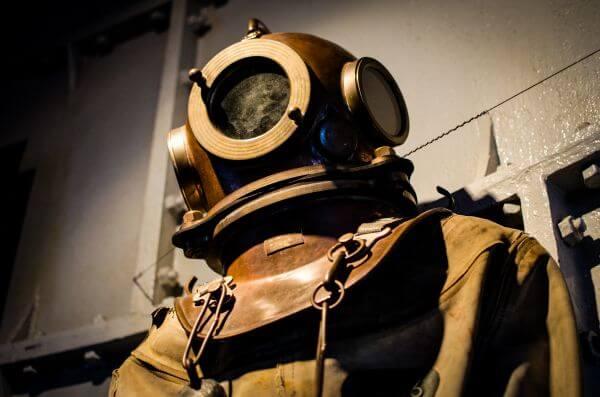 Divers suit photo