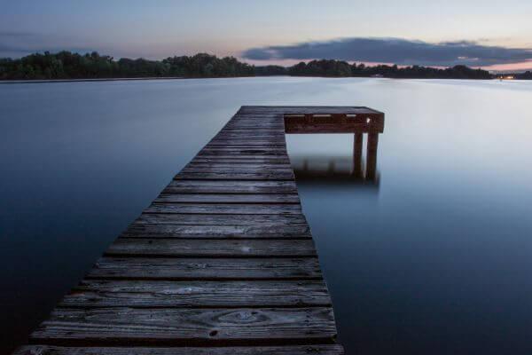 Lake pier photo