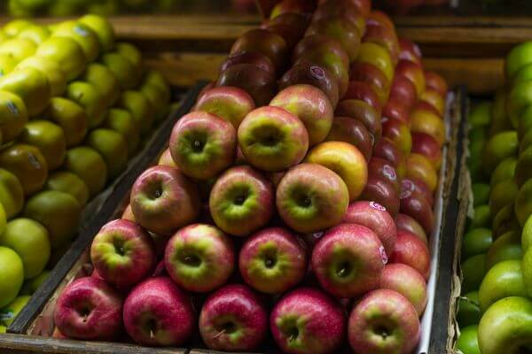 Apple, the fruit photo
