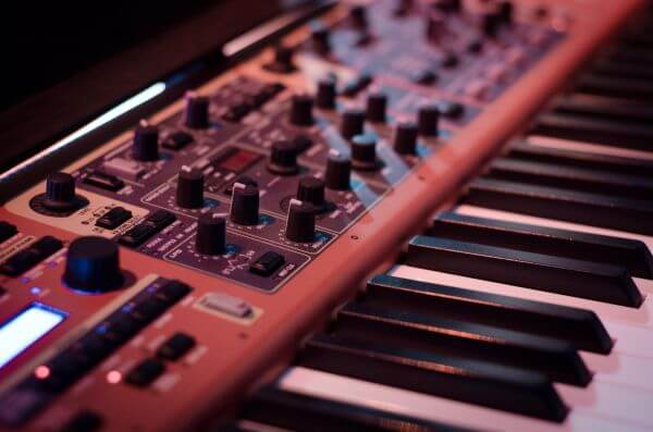 Synthesizer photo