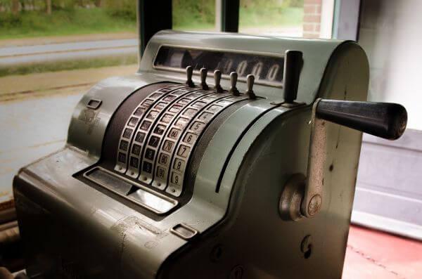 Old cash register photo