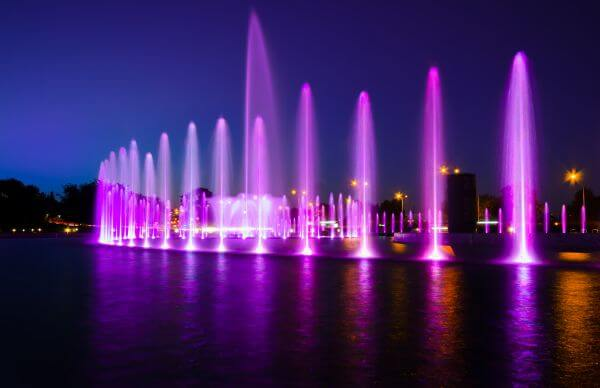 Fountain in Warsaw photo