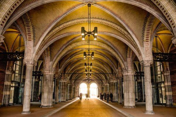 Rijksmuseum underpass photo