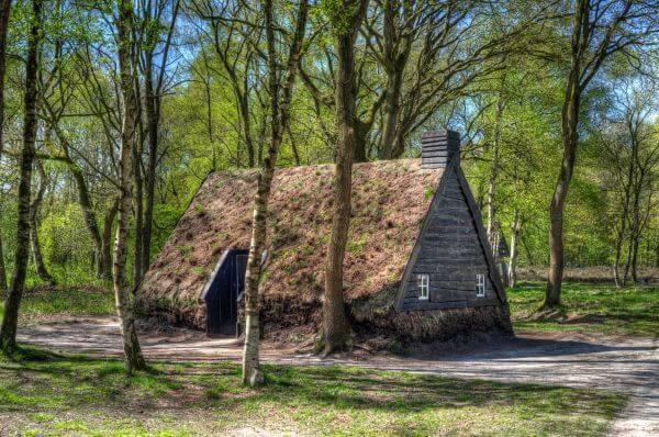 Peat house photo