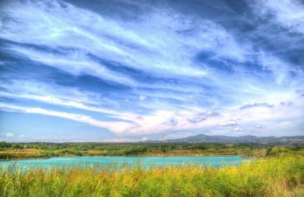 lake in Tuscany photo
