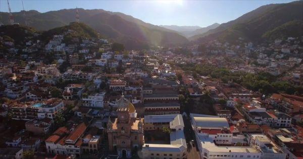 Short Aerial Video video