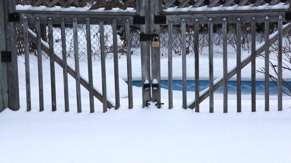Snow Barrier video