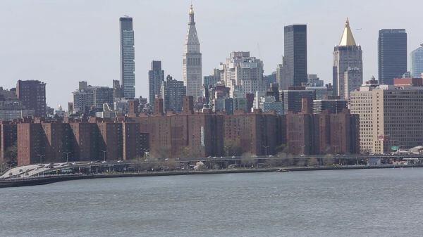 Shore Traffic on Manhattan video