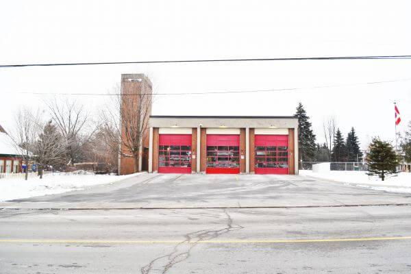 Red Garage photo