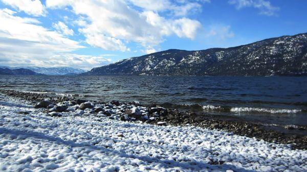 Okanagan  lake  lakeshore video