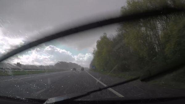 Car  rain  driving video