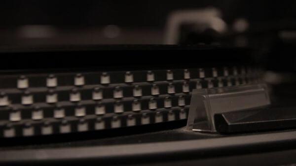 Turntable  old  vinyl video