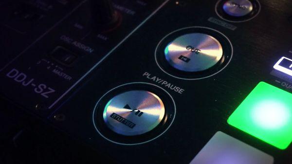 Lights  console  dj video