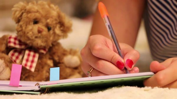 Book  write  pen video
