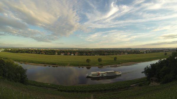 Elbe  elbschlosschen  dresden video