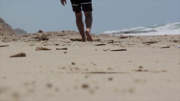 Beach  feet  sand video