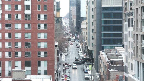 City  street  traffic video