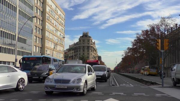 Viale  barcelona  blue sky video
