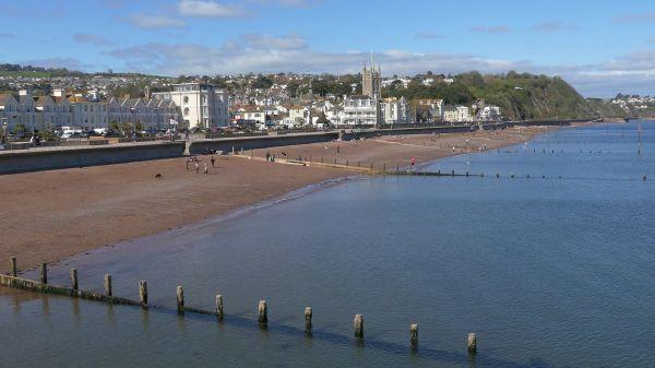 Teignmouth  devon  water video