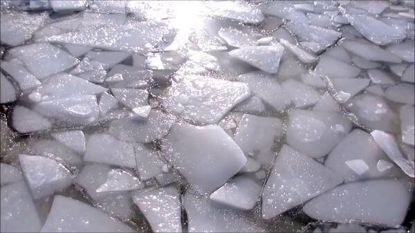 Ice  lake  frozen video