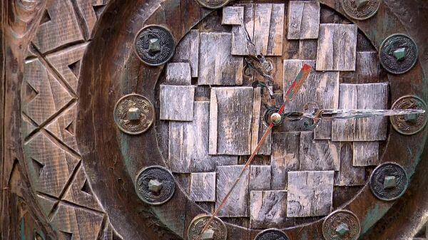 Clock  arrows  dial video