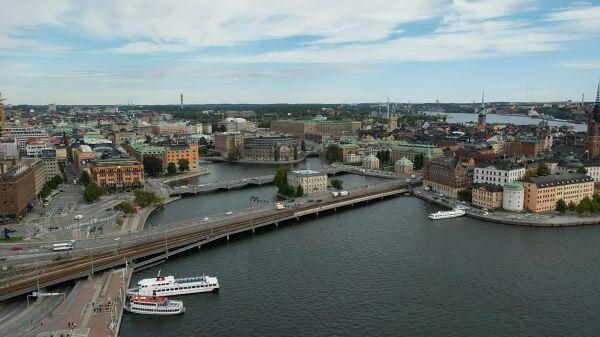 Stockholm  city  bridge video