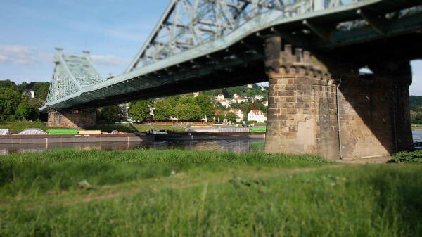 Blue wonder  bridge  dresden video