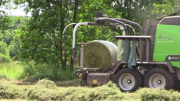Hay  agriculture  tractor